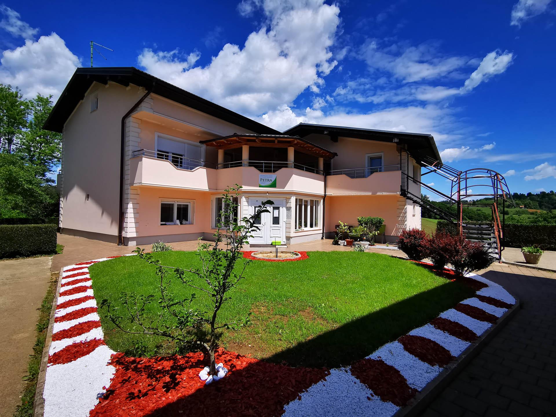 Obiteljski dom Petra 1